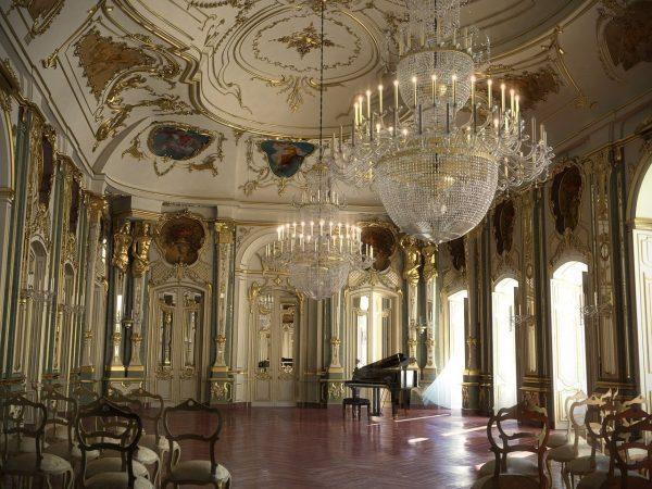 003-Interior Scenes-Miscellaneous-Hall